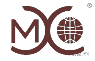 M X O